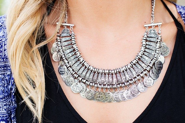 necklace, jewelry, silver